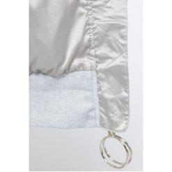 Missguided - Bluza By Jordan Dunn. Szare bluzy z kieszeniami damskie marki Missguided, s, z materiału, bez kaptura. W wyprzedaży za 129,90 zł.