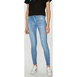 Tally Weijl - Jeansy. Czerwone jeansy damskie rurki marki TALLY WEIJL, l, z dzianiny, z krótkim rękawem. Za 129,90 zł.