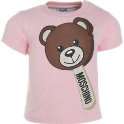 MOSCHINO Tshirt z nadrukiem sweet rose. Czerwone t-shirty chłopięce MOSCHINO, z nadrukiem, z bawełny. Za 189,00 zł.