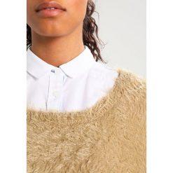 Swetry klasyczne damskie: Karen by Simonsen BELUGA Sweter grey morn