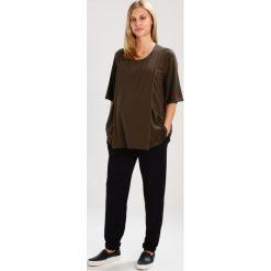 Spodnie dresowe damskie: JoJo Maman Bébé Spodnie treningowe black