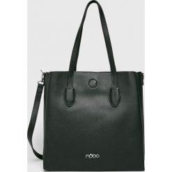 Nobo - Torebka. Czarne torebki klasyczne damskie Nobo, w paski, z materiału, duże. W wyprzedaży za 179,90 zł.