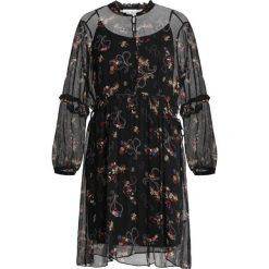 Second Female VIOLET DRESS Sukienka koszulowa moonless night. Czarne sukienki Second Female, xs, z materiału, z koszulowym kołnierzykiem, koszulowe. Za 689,00 zł.
