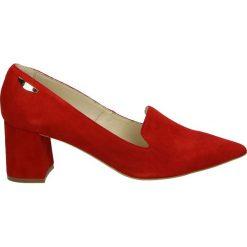 Czółenka - 2531 RO21 J18. Czerwone buty ślubne damskie Venezia, ze skóry. Za 199,00 zł.