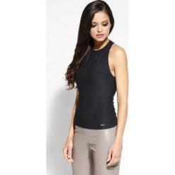 Odzież damska: Czarna  Bluzka Dopasowana z Odkrytymi Plecami