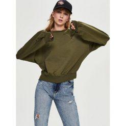 Bluzy rozpinane damskie: Bluza z dziurami - Zielony