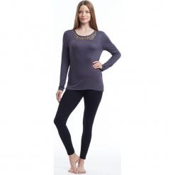 """Koszulka """"Valerie"""" w kolorze antracytowym. Szare bluzki longsleeves BALANCE COLLECTION, xs, z okrągłym kołnierzem. W wyprzedaży za 99,95 zł."""