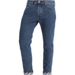 Wrangler REGULAR TAPERED Jeansy Slim Fit b&y crash blue. Szare jeansy męskie marki Wrangler, l, z poliesteru, z kapturem. Za 399,00 zł.