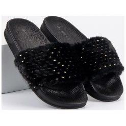 Chodaki damskie: Czarne klapki z futerkiem ERYNN czarne
