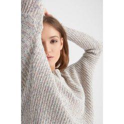 Swetry klasyczne damskie: Melanżowy sweter nietoperz