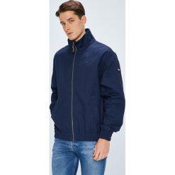 Tommy Jeans - Kurtka. Niebieskie kurtki męskie jeansowe marki Tommy Jeans, l. Za 649,90 zł.