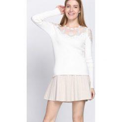 Swetry klasyczne damskie: Biały Sweter Do Not Wait
