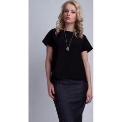 Odzież damska: Czarna Ciekawa Bluzka z Kopertowym Założeniem na Plecach