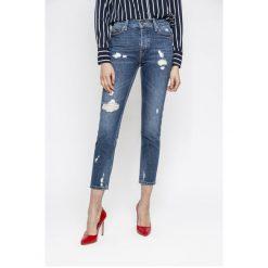 Tommy Jeans - Jeansy Izzy. Niebieskie jeansy damskie Tommy Jeans, z podwyższonym stanem. Za 599,90 zł.