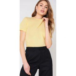 NA-KD Basic T-shirt basic - Yellow. Różowe t-shirty damskie marki NA-KD Basic, z bawełny. Za 52,95 zł.