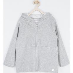 Bluza. Szare bluzy dziewczęce rozpinane marki OWL, z bawełny, z kapturem. Za 99,90 zł.
