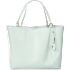 Torebki klasyczne damskie: Skórzana torebka w kolorze błękitnym - 45 x 40 x 18 cm