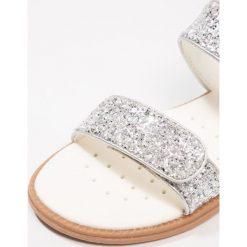 Geox SANDAL KARLY Sandały silver. Szare sandały chłopięce Geox, z materiału. Za 239,00 zł.
