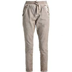 Cream DORY PANTS Spodnie treningowe simply taupe. Brązowe spodnie dresowe damskie Cream, s, z bawełny. Za 379,00 zł.