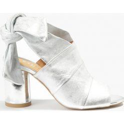 Sandały srebrne Gulietta. Fioletowe sandały damskie marki Badura. Za 151,99 zł.