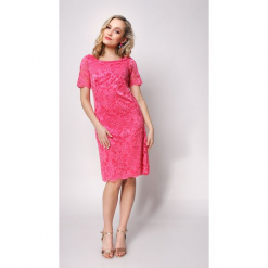 Koktajlowa sukienka z koronki klaudia. Różowe sukienki balowe marki numoco, l, z dekoltem w łódkę, oversize. W wyprzedaży za 159,00 zł.