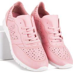 JESSAMINE różowe tenisówki. Białe tenisówki damskie marki Merg. Za 99,00 zł.