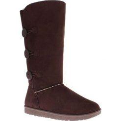 """Kozaki zimowe """"Flora"""" w kolorze ciemnobrązowym. Czarne buty zimowe damskie marki Kazar, z futra, przed kolano, na wysokim obcasie, na koturnie. W wyprzedaży za 165,95 zł."""