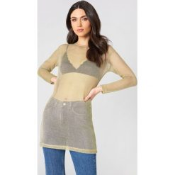 Sukienki hiszpanki: Hannalicious x NA-KD Metaliczna sukienka – Gold