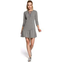 ARIANA Sukienka ze sznurkiem - szara. Szare sukienki na komunię Moe, na co dzień, z bawełny, dopasowane. Za 136,99 zł.