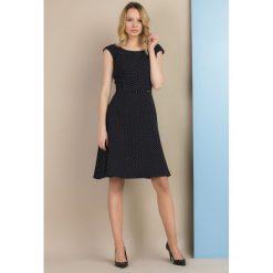 Sukienki: Sukienka w kropeczki