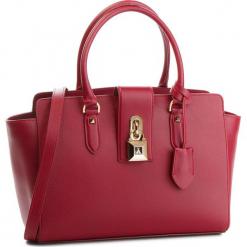 Torebka PATRIZIA PEPE - 2V4912/A4K3-R616 Ruby. Czarne torebki klasyczne damskie marki Patrizia Pepe, ze skóry. W wyprzedaży za 1039,00 zł.