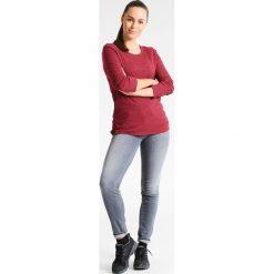 PrAna ISADORA Bluzka z długim rękawem woodland red. Czerwone bluzki longsleeves PrAna, xl, z bawełny, sportowe. W wyprzedaży za 227,40 zł.