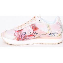 Desigual - Buty. Szare buty sportowe damskie marki Desigual, l, z tkaniny, casualowe, z długim rękawem. W wyprzedaży za 269,90 zł.