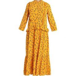 Modström JAYA DRESS Długa sukienka yellow. Czarne długie sukienki marki NOFX, s, z nadrukiem, z okrągłym kołnierzem. Za 459,00 zł.