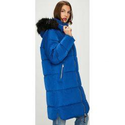Pepe Jeans - Kurtka Berta. Niebieskie bomberki damskie Pepe Jeans, l, z jeansu. W wyprzedaży za 599,90 zł.