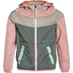 Scotch R'Belle COLOUR BLOCKED LIGHTWEIGHT WITH SPORTY DETAILS Kurtka sportowa rose. Czerwone kurtki chłopięce przeciwdeszczowe Scotch R'Belle, z materiału. Za 419,00 zł.