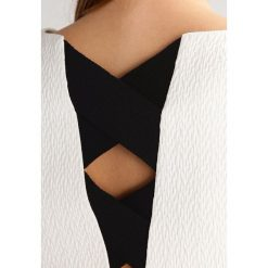 Sukienki hiszpanki: Karen Millen TEXTURED EYELET DETAIL COLLECTION Sukienka letnia black/white