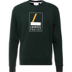 Lacoste Bluza sinople/white. Zielone bejsbolówki męskie Lacoste, m, z bawełny. Za 549,00 zł.