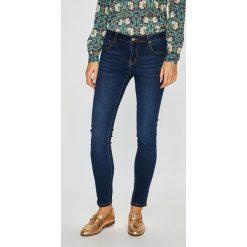 Silvian Heach - Jeansy Dubro. Niebieskie jeansy damskie Silvian Heach, z bawełny, z standardowym stanem. Za 339,90 zł.