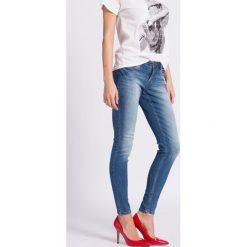 Jacqueline de Yong - Jeansy. Niebieskie jeansy damskie rurki marki Jacqueline de Yong, z bawełny, z obniżonym stanem. Za 129,90 zł.