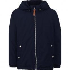 Kurtka zimowa w kolorze granatowym. Niebieskie kurtki chłopięce zimowe marki TXM. W wyprzedaży za 107,95 zł.