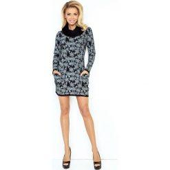 Czarna Mini Sukienka z Opadającym Golfem i Kieszeniami. Czarne sukienki dzianinowe Molly.pl, do pracy, m, w jednolite wzory, biznesowe, z golfem, mini, dopasowane. Za 144,90 zł.