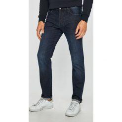 Armani Exchange - Jeansy. Czarne jeansy męskie z dziurami marki Armani Exchange, l, z materiału, z kapturem. Za 449,90 zł.