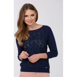 Swetry klasyczne damskie: Sweter z ozdobnym, ażurowym panelem
