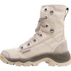 Columbia CAMDEN Buty trekkingowe ancient fossil grey ice. Brązowe buty trekkingowe damskie Columbia, z materiału. W wyprzedaży za 455,20 zł.