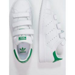 Adidas Originals STAN SMITH  Tenisówki i Trampki white. Białe tenisówki męskie marki adidas Originals, z materiału. W wyprzedaży za 251,10 zł.