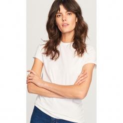Gładki t-shirt - Biały. Białe t-shirty damskie Reserved, l. Za 39,99 zł.