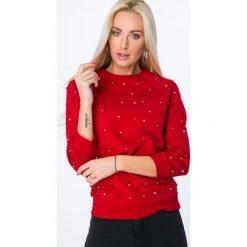 Bluza z kolorowymi koralikami czerwona 1689. Czerwone bluzy damskie Fasardi, l, w kolorowe wzory. Za 49,00 zł.