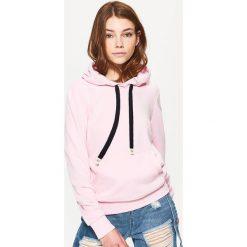 Bluzy rozpinane damskie: Bluza kangurka - Różowy