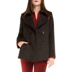 Płaszcz damski 85-9W-104-8. Czerwone płaszcze damskie marki Wittchen, s, z futra, z kapturem. Za 419,00 zł.